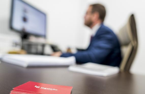 abogado administrativo